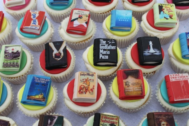 Image from http://www.cupcakepost.com/wp-content/uploads/2012/08/Cupcakes-with-Book-Toppers.jpg